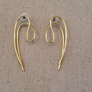 Stella & dot sculptural earrings